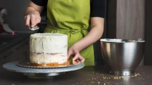 frosting-cake