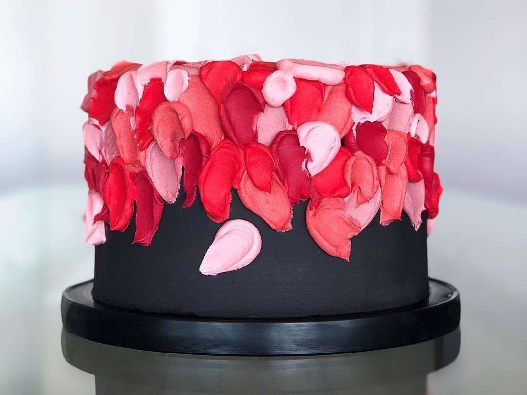 Valentine's-Day-Cakes