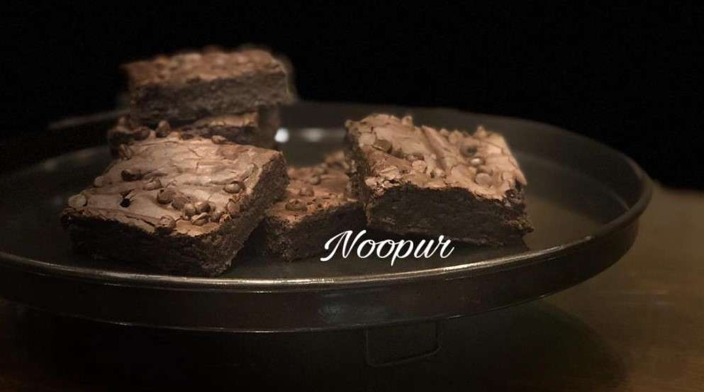 Eggless Choco Chip Brownies By Noopur Shah